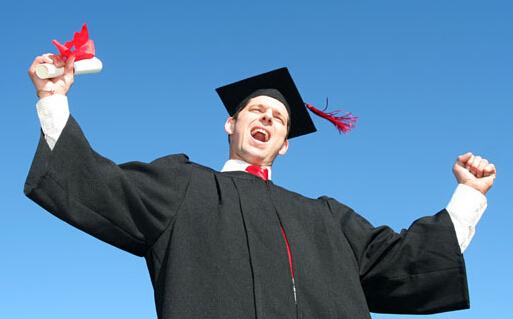 加拿大留学:大学成绩决定研究生留学申请