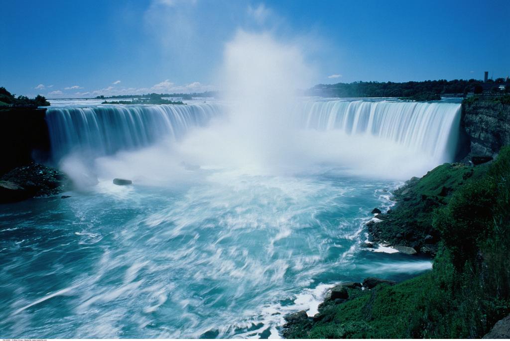 壁纸 风景 旅游 瀑布 山水 桌面 610_860 竖版 竖屏 手机