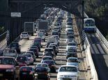 澳洲最严厉交规 P牌司机禁用手机