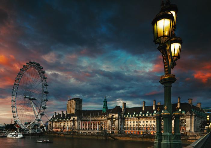 伦敦眼和市政厅的新老组合