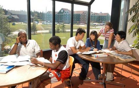 加拿大高中留学需要做好哪些准备?