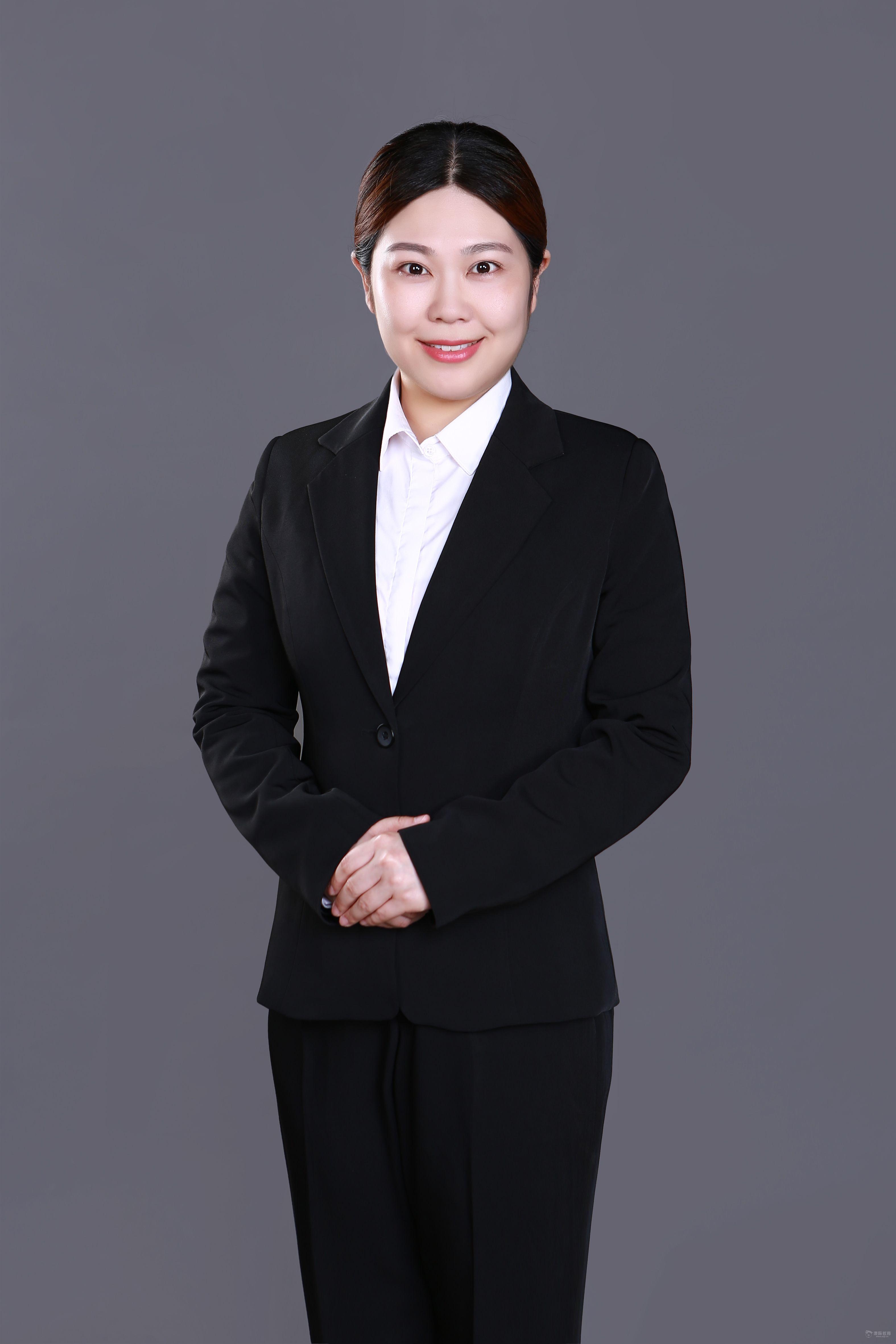 职业装-季佳 澳际留学团队