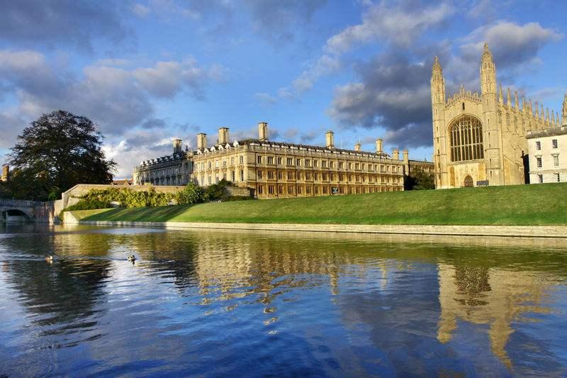 2018冬令营 英国剑桥综合能力提升+主题游览两周营