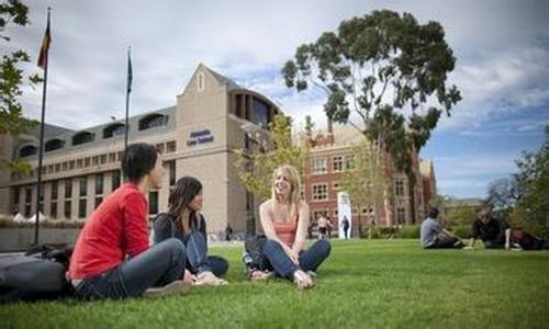 澳洲留学要办理医疗保险吗