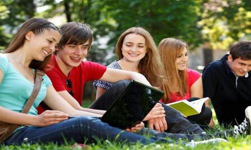 澳洲留学房地产管理专业优秀院校